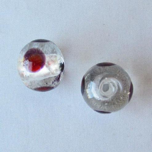 Glaskraal met groot gat, 17 x 14 mm, silverfoil/paars-rode stip, per stuk