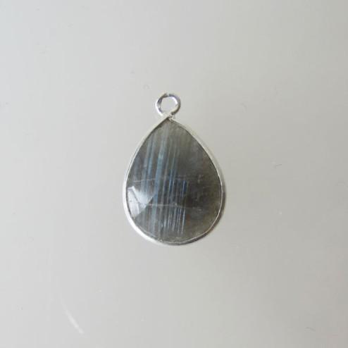 Sterling zilveren (925)  hanger  van LABRADORIET, gefacetteerd, 13 x 19 mm, verpakt per stuk