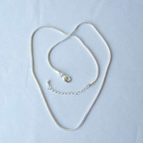 Zilverkleurige Snake ketting, 45 cm, 2 mm dik, met verlengketting, per stuk