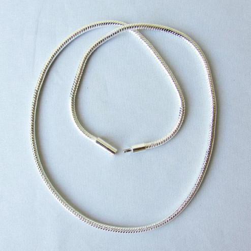 Zilverkleurige Snake ketting, 45 cm, 3 mm dik, met schuifslot, per stuk