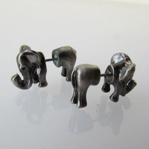 Grijskleurige oorsteker, olifant, split oorbel, per paar