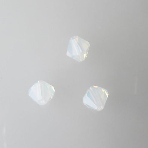Swarovski® bicone, Xilion, 6 mm, WHITE OPAL, verpakt p. 6 stuks