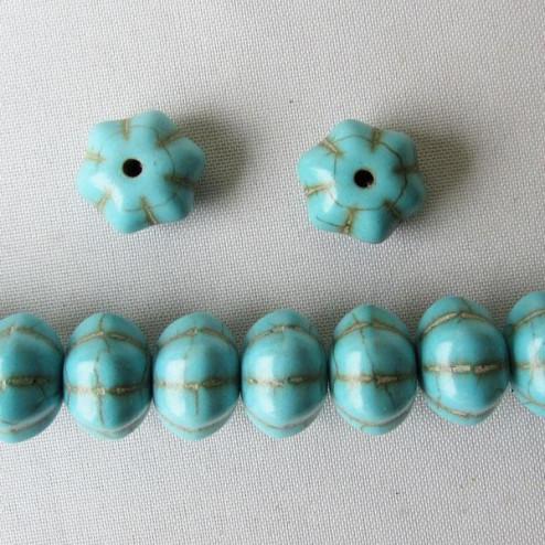 Turkooise kraal, 12 x 7 mm, bloem, per streng
