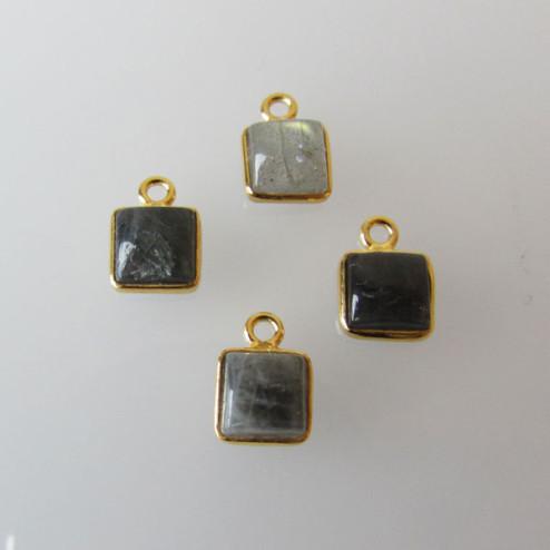 22 K Goud vermeil bedeltje, vierkant, 6-6.5 mm, LABRADORIETsteen, per stuk