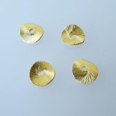 22 K Goud vermeil schijfje,  doorsnee 8 mm, gebogen en gebrushed, verpakt per stuk