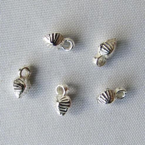 Sterling zilveren (925) bedel, bewerkt hartje, 6 x 4 mm, per 5 stuks