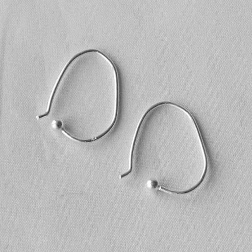 Sterling zilveren (925) oorhaak met bolletje, 20 x 15 mm, verpakt per 10 stuks