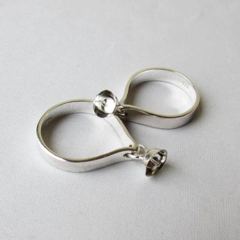 Sterling zilveren (925) ring met hangend kralenkapje met pin, maat 17.5, per stuk