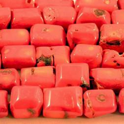 Koraal, rood, gefacetteerd, per streng