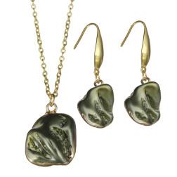 Vergulde RVS hanger met ketting en oorbellen, groene kunstof parel, per set