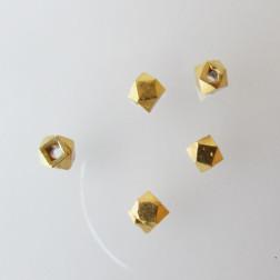 22 K Goud  vermeil kraal, 2 mm, kubus, verpakt per 10 stuks